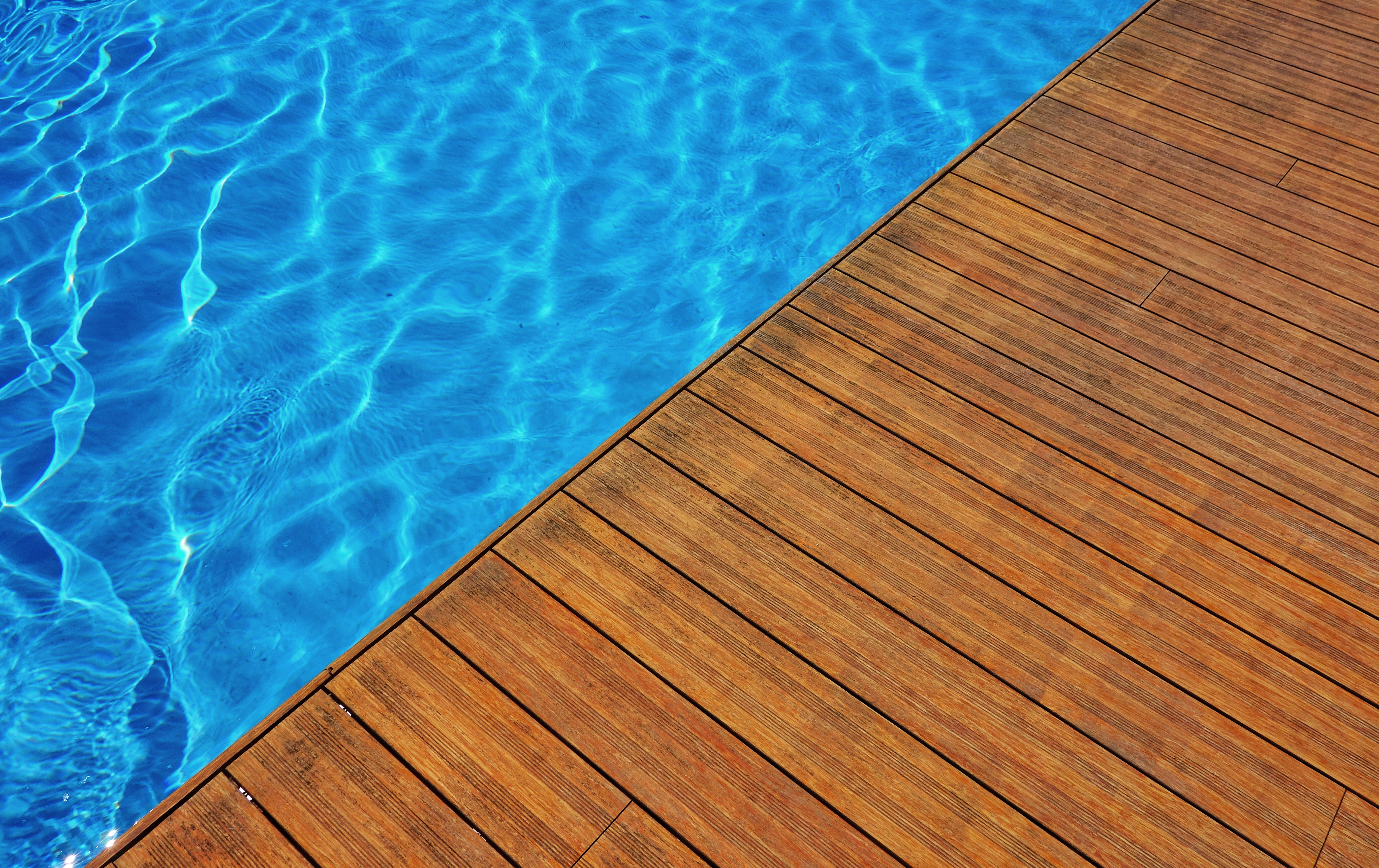 piscine bois composite