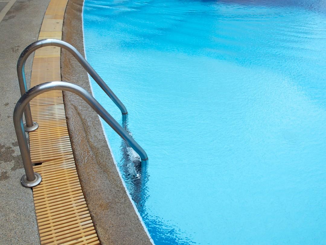 forme piscine semi enterrée